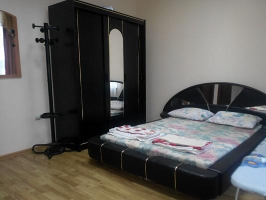 1-комнатная квартира посуточно в Мукачево. пл. Мира, 5. Фото 1