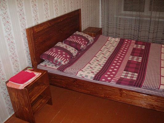 2-комнатная квартира посуточно в Житомире. ул. Небесной Сотни, 31. Фото 1
