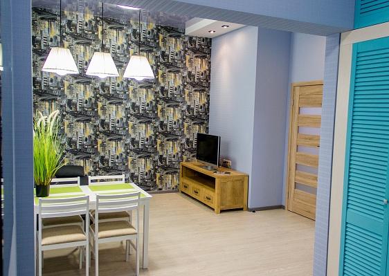 2-комнатная квартира посуточно в Харькове. Краснозаводской район, пр-т Гагаріна, 30. Фото 1