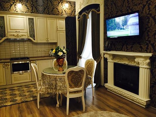 2-комнатная квартира посуточно в Львове. Галицкий район, ул. Леси Украинки, 7. Фото 1