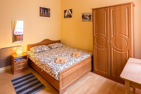 1-комнатная квартира посуточно в Львове. Галицкий район, ул. Смерековая, 3. Фото 1
