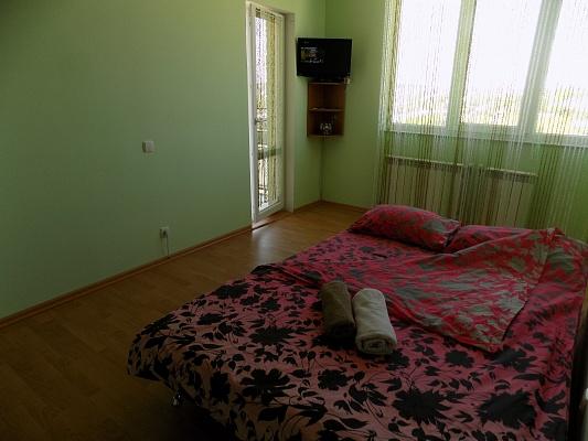 2-комнатная квартира посуточно в Тернополе. ул. Белогорская, 18б. Фото 1