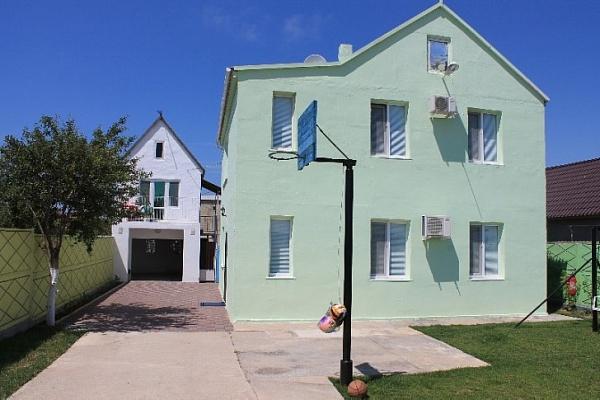 Дом  посуточно в Заозёрном. Заозерное, ул. Песчаная, 12. Фото 1