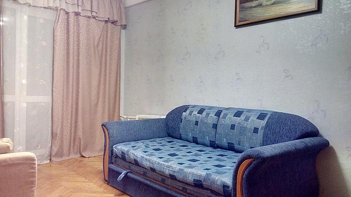 1-комнатная квартира посуточно в Киеве. Днепровский район, ул. Андрея Малышко, 27. Фото 1