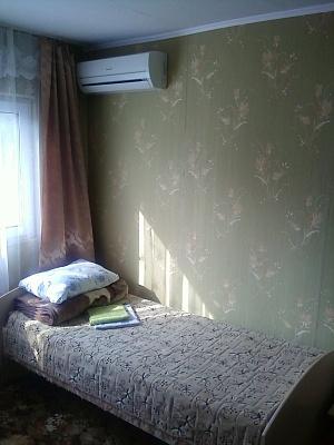 Дом  посуточно в Славянске. ул. Сергеевская, 5. Фото 1