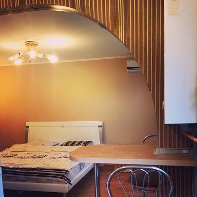 2-комнатная квартира посуточно в Новой Каховке. ул. Букина, 46. Фото 1
