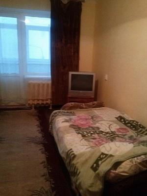 1-комнатная квартира посуточно в Херсоне. Суворовский район, ул. Степана Разина, 75. Фото 1