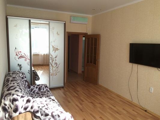 1-комнатная квартира посуточно в Одессе. Приморский район, ул. Генуезская, 24Д. Фото 1