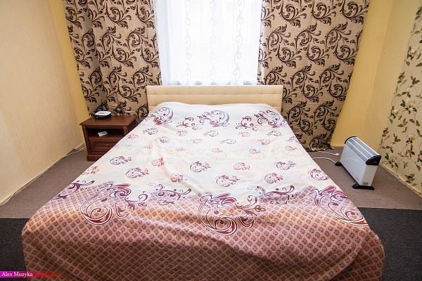 1-комнатная квартира посуточно в Львове. Галицкий район, ул. Таманская, 3. Фото 1