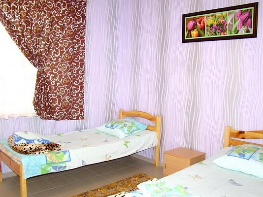 Мини-отель  посуточно в Бердянске. ул. Набережная, 119-б. Фото 1