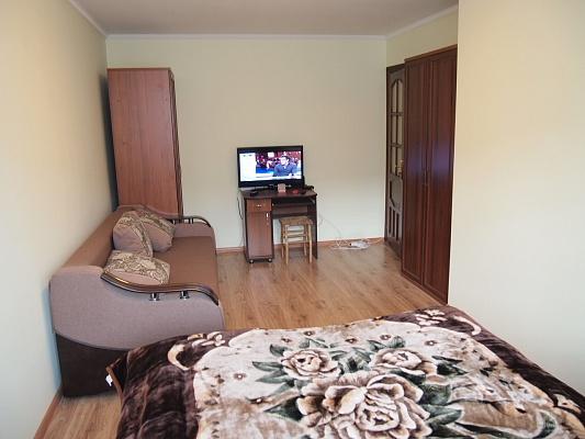 2-комнатная квартира посуточно в Трускавце. ул. Ивасюка, 11. Фото 1