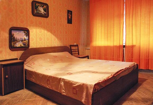 1-комнатная квартира посуточно в Киеве. Голосеевский район, ул. Метрологическая, 14. Фото 1