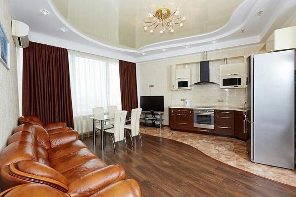 3-комнатная квартира посуточно в Одессе. Приморский район, ул. Литературная, 1а. Фото 1