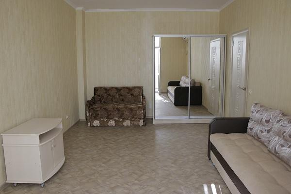 1-комнатная квартира посуточно в Севастополе. Гагаринский район, ул. Маячная, 50. Фото 1