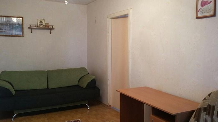 2-комнатная квартира посуточно в Севастополе. Гагаринский район, ул. Маршала Крылова, 19. Фото 1
