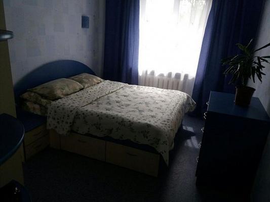 2-комнатная квартира посуточно в Хмельницком. Хмельницкий, Проспект Мира,, 54. Фото 1
