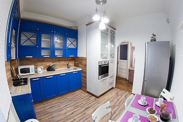 3-комнатная квартира посуточно в Львове. Лычаковский район, ул. Генерала Тарнавского, 37. Фото 1