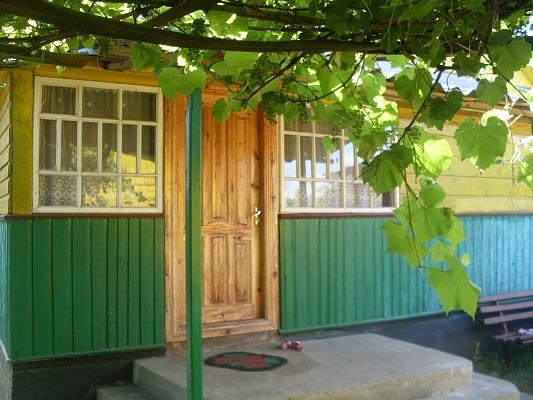 Дом  посуточно в Шацке. с. Свитязь, 21в . Фото 1