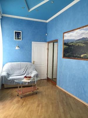 1-комнатная квартира посуточно в Львове. Галицкий район, ул. Театральная, 26. Фото 1