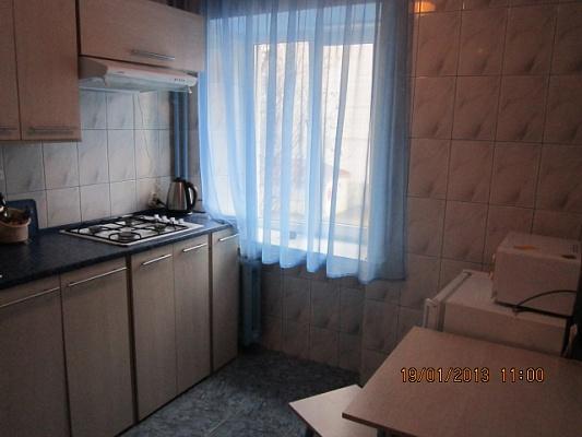 1-комнатная квартира посуточно в Кременчуге. ул. Игоря Сердюка, 39/41. Фото 1