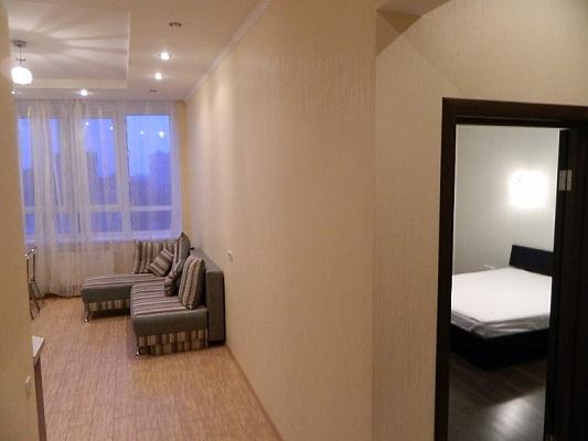 2-комнатная квартира посуточно в Одессе. Приморский район, ул. Армейская, 11. Фото 1