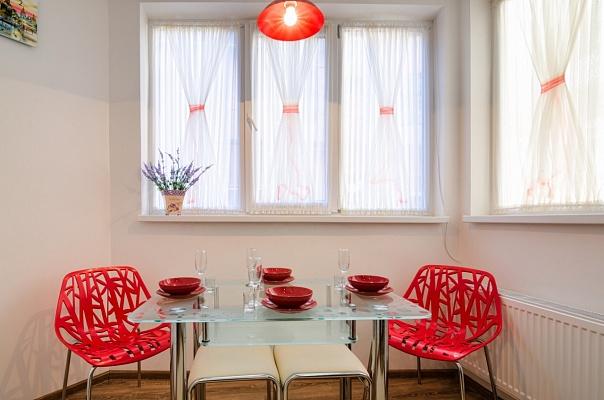 2-комнатная квартира посуточно в Львове. Галицкий район, ул. Кулиша, 29. Фото 1