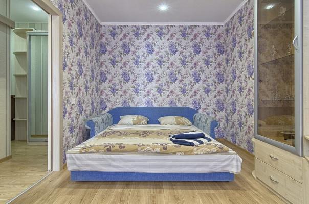 1-комнатная квартира посуточно в Киеве. Печерский район, ул. Неманская, 5. Фото 1