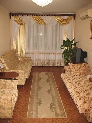 2-комнатная квартира посуточно в Южном. пр-т Григорьевского Десанта, 26. Фото 1