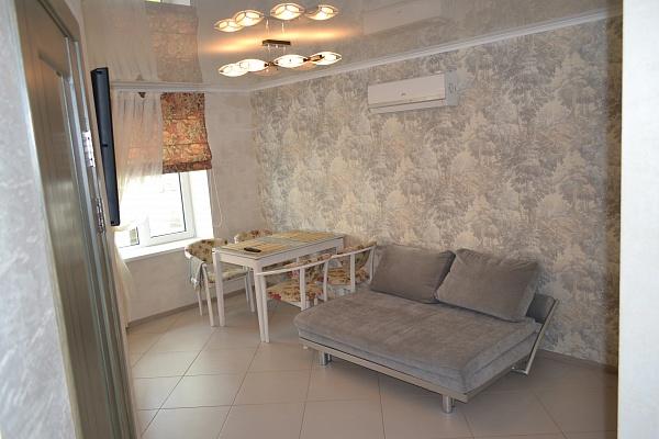 2-комнатная квартира посуточно в Николаеве. Ленинский район, ул. Генерала Свиридова, 37. Фото 1