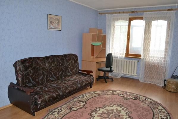 2-комнатная квартира посуточно в Полтаве. Киевский район, ул. Пушкаревская, 26. Фото 1