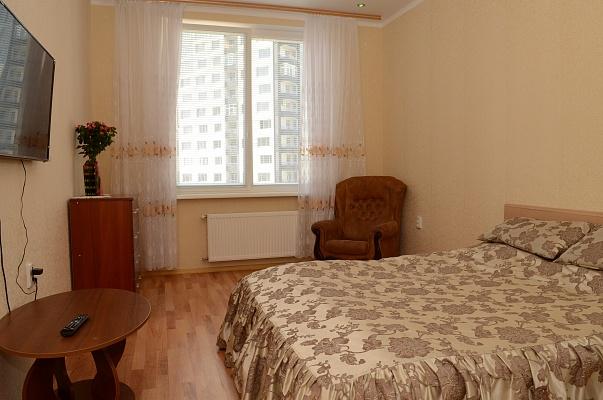 1-комнатная квартира посуточно в Одессе. Приморский район, ул. Генуэзская, 24Д. Фото 1