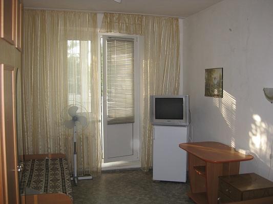 2-комнатная квартира посуточно в Затоке. ул. Радужная, 3. Фото 1