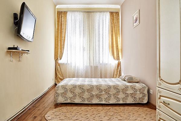 1-комнатная квартира посуточно в Львове. Галицкий район, ул. Под Дубом, 8. Фото 1