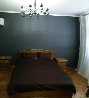 2-комнатная квартира посуточно в Черновцах. Первомайский район, ул. Кохановского, 6. Фото 1