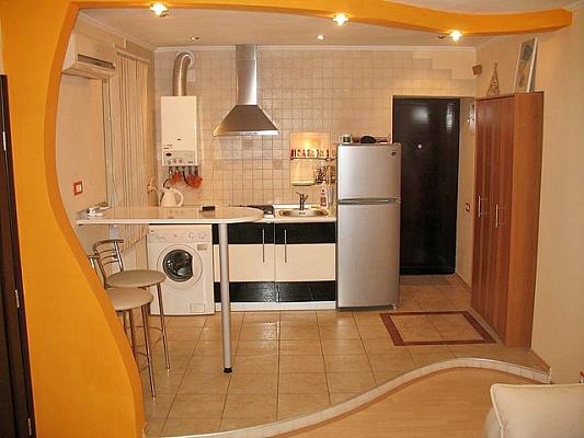 2-комнатная квартира посуточно в Одессе. Приморский район, ул. Базарная, 68. Фото 1