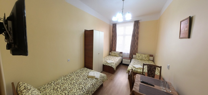 3-комнатная квартира посуточно в Львове. Галицкий район, ул. Августина Волошина, 6. Фото 1