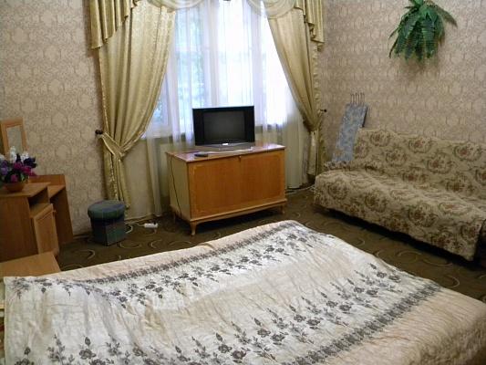 Дом  посуточно в Мукачево. ул. Ярослава Мудрого, 61. Фото 1
