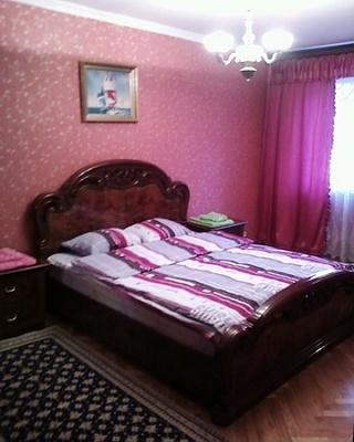 3-комнатная квартира посуточно в Одессе. Киевский район, ул. Маршала Жукова, 21. Фото 1