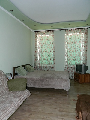 1-комнатная квартира посуточно в Львове. Галицкий район, ул. Замарстиновская, 12. Фото 1