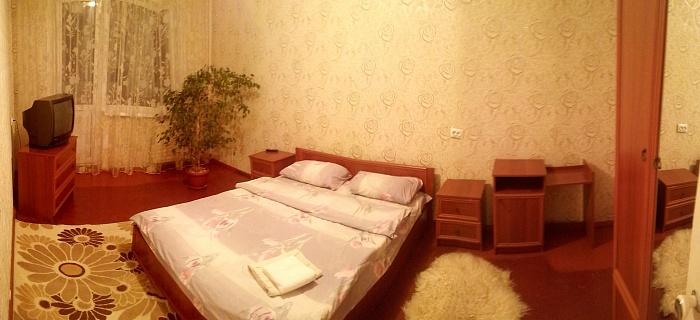 1-комнатная квартира посуточно в Белой Церкви. ул. Восточная, 18. Фото 1