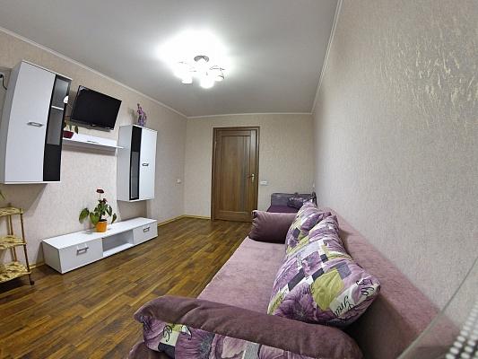 2-комнатная квартира посуточно в Виннице. Старогородский район, ул. Островского, 17. Фото 1
