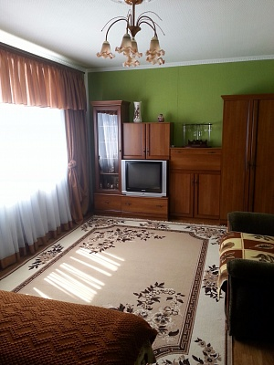 2-комнатная квартира посуточно в Евпатории. ул. Перекопская, 15. Фото 1