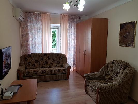 1-комнатная квартира посуточно в Киеве. Печерский район, б-р Леси Украинки, 16. Фото 1