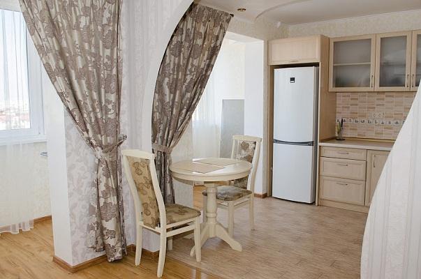 1-комнатная квартира посуточно в Одессе. Приморский район, пер. Клубничный, 31. Фото 1