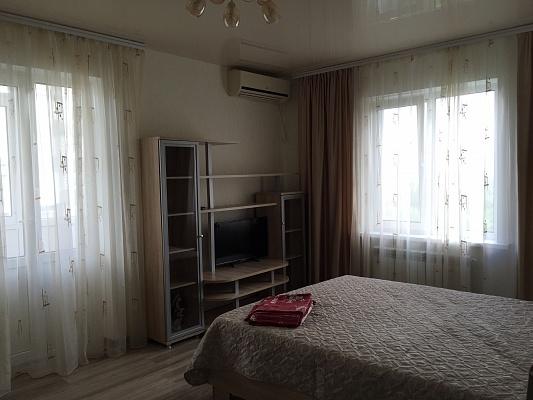 1-комнатная квартира посуточно в Бердянске. пр-т Схидный (Пролетарский), 228. Фото 1