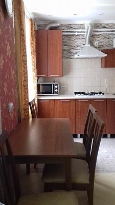 1-комнатная квартира посуточно в Сумах. Горького, 41. Фото 1