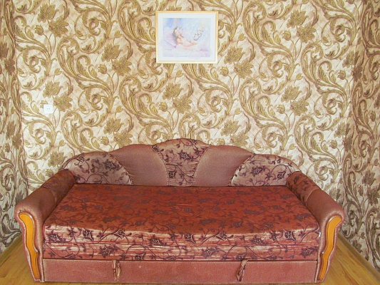 2-комнатная квартира посуточно в Измаиле. пр-т Суворова, 52. Фото 1