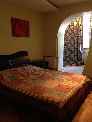 2-комнатная квартира посуточно в Одессе. Приморский район, ул. Посмитного, 22. Фото 1