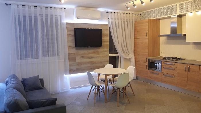 1-комнатная квартира посуточно в Ильичёвске. ул. Парковая, 48. Фото 1