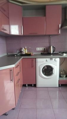 2-комнатная квартира посуточно в Чернигове. Новозаводской район, ул. Крымская, 2. Фото 1